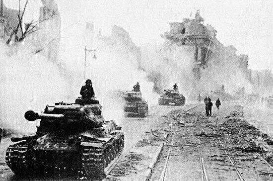 Журналисты отреставрировали хронику времён Великой Отечественной войны