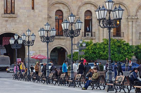 Армения сняла ограничения на въезд для граждан с «зеленым паспортом»