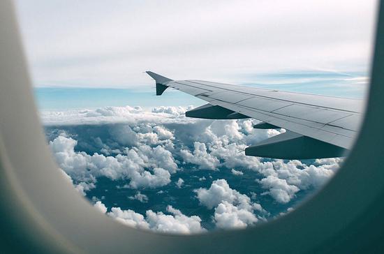 Что делать, если не хватило места в самолёте или отеле
