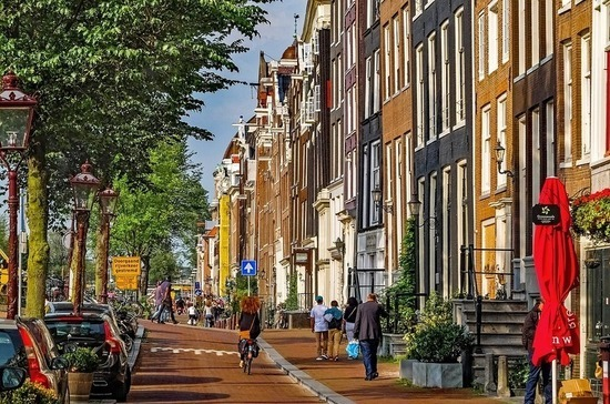 В Нидерландах упростили процедуру изменения пола в свидетельстве о рождении