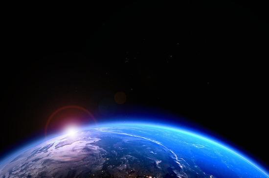 Роскосмос: китайская ракета может войти в атмосферу Земли вечером 8 мая