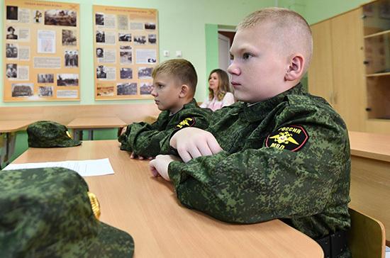 Суворовцам могут установить стипендии