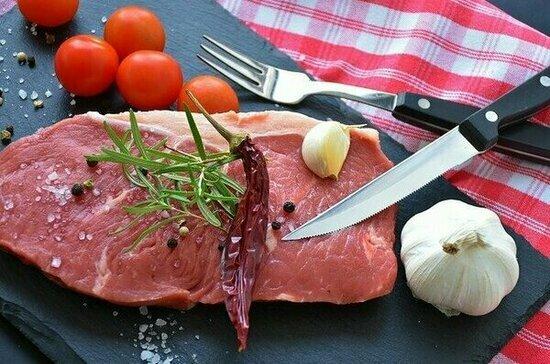 Диетолог назвала самый безвредный способ приготовления мяса