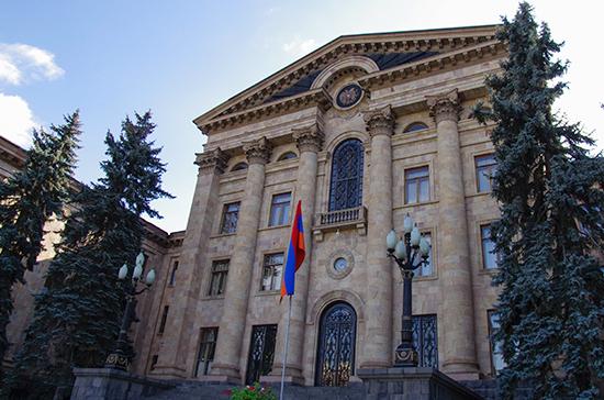 Армения обратилась в ОДКБ по ситуации в Сюнике