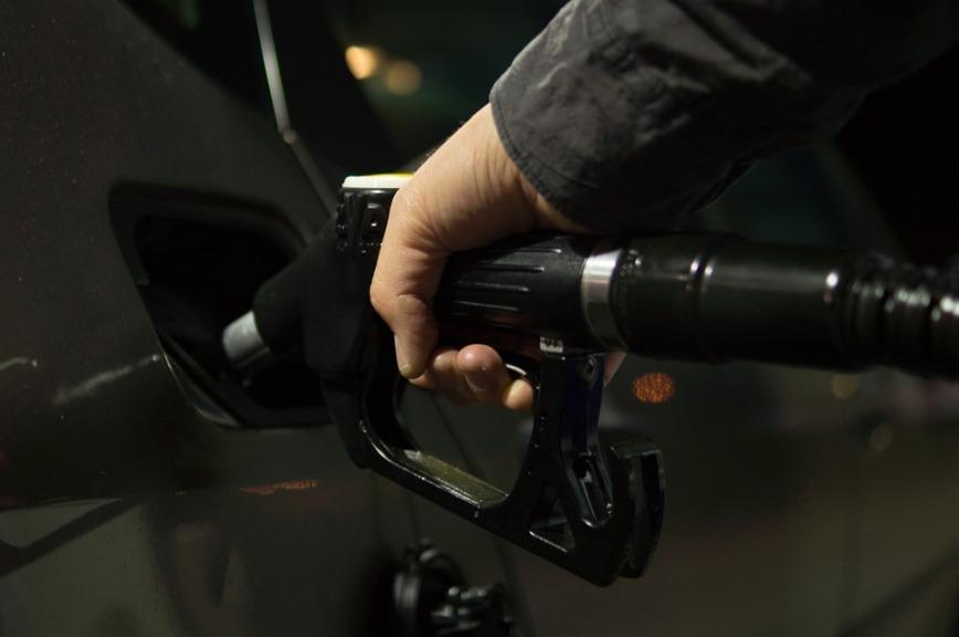 Что поможет сдержать цены на бензин