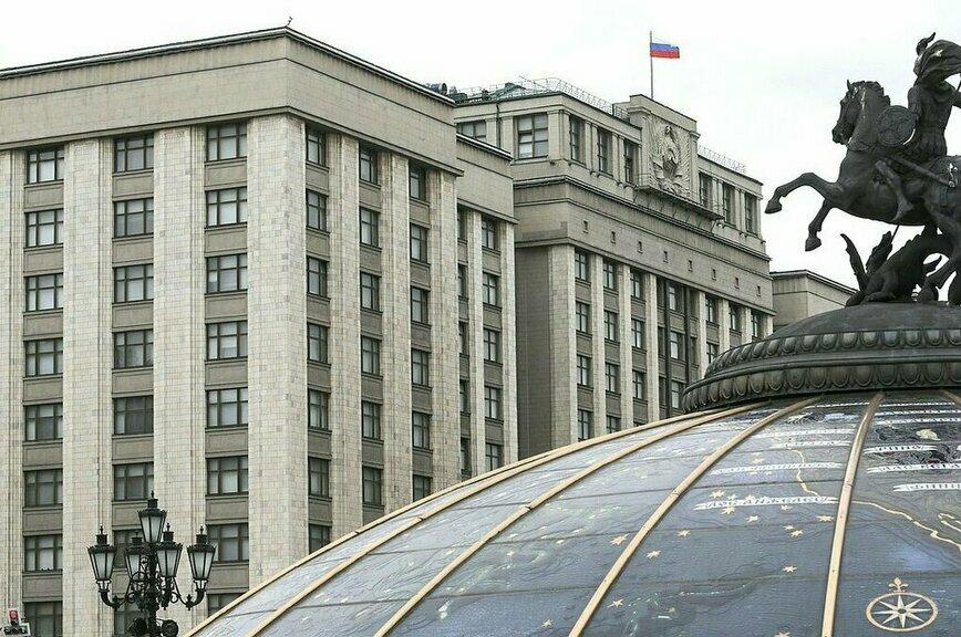 Иностранным туристам будут выдавать российскую визу сразу на 6 месяцев