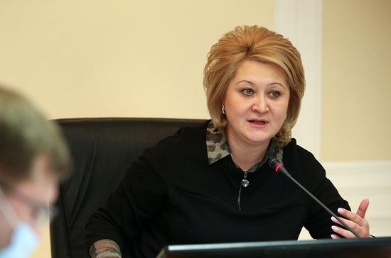 Гумерова предложила разработать единые требования к безопасности в школах