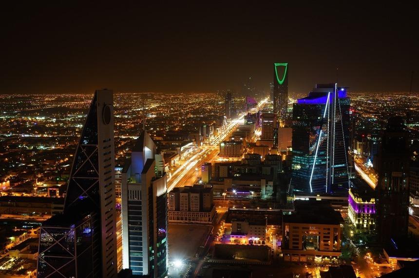 В Саудовской Аравии запретят посещать любые мероприятия без прививки от COVID-19