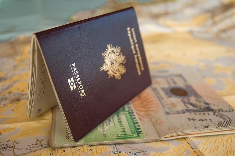 В России смягчат условия оформления туристических виз