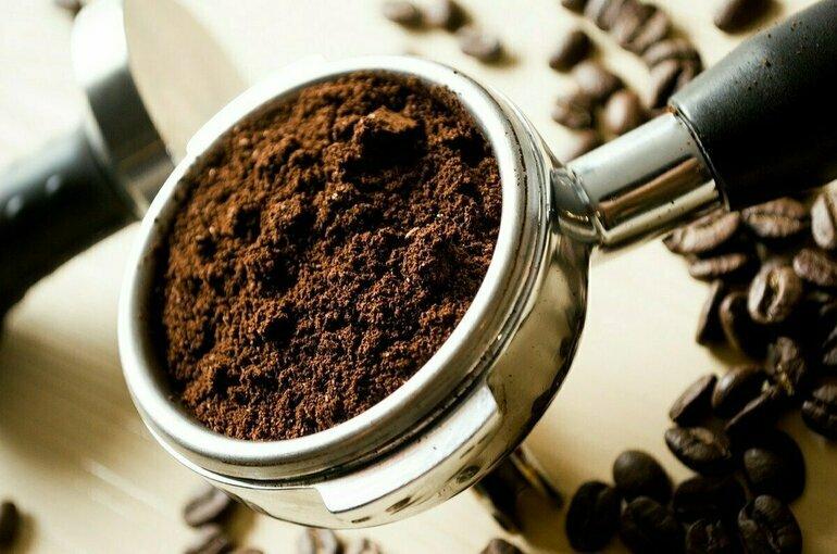 Кардиолог оценил угрозу кофеина для гипертоников