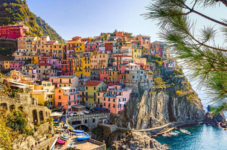 В Италии в 2020 году из-за связей с мафией распустили администрации 54 городов