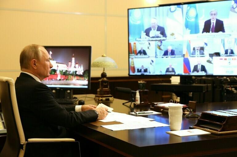 Путин заявил об обострении ситуации с ценами на продукты