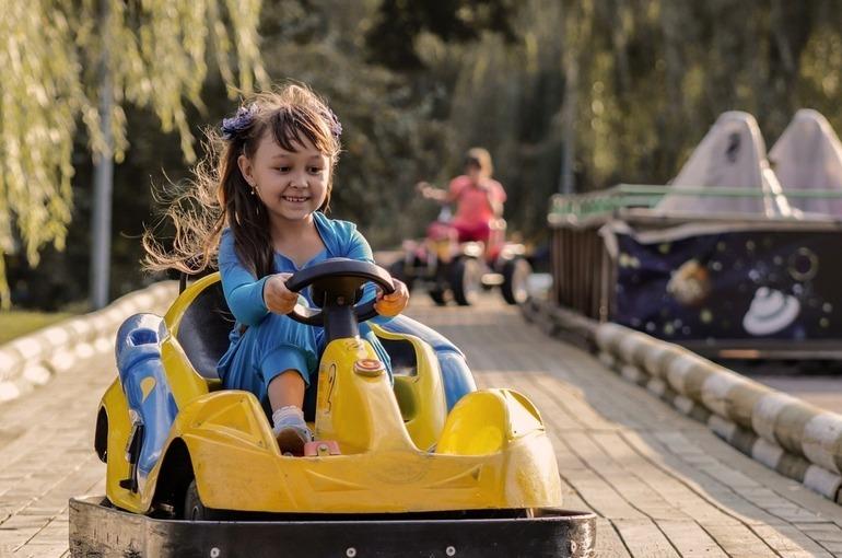 Более 37 тысяч детских лагерей откроется в России летом