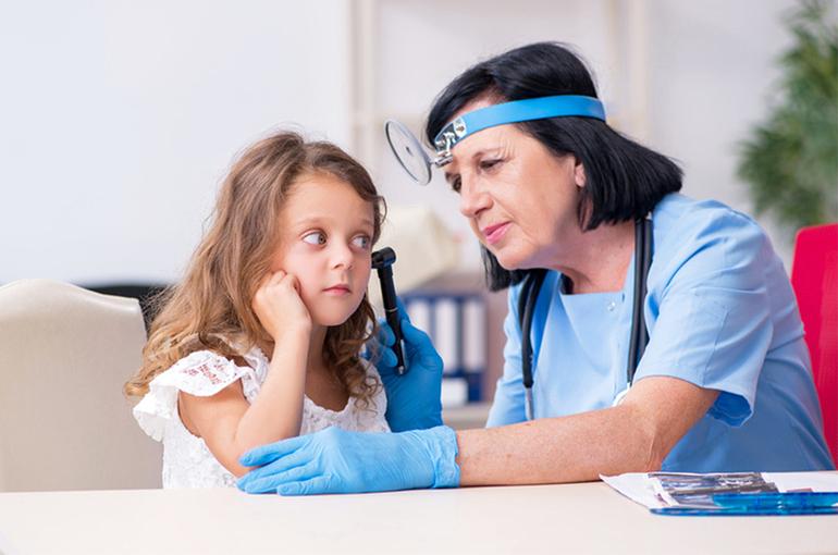 Детей, тяжело перенёсших COVID-19, врачи будут осматривать тщательнее