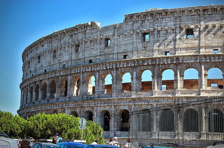 Число жертв COVID-19 в Италии превысило 125 тысяч человек