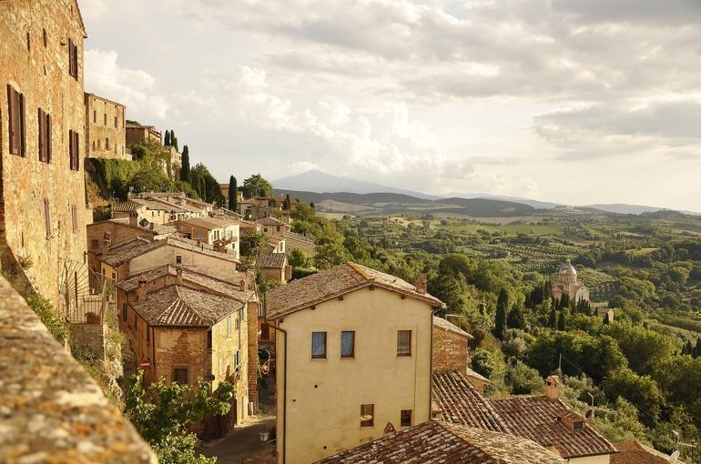 В Италии число сделанных прививок против COVID-19 превысило 30 миллионов