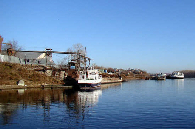 Кабмин предлагает уточнить правила стоянки судов на береговой полосе