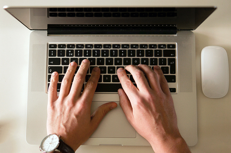 Сайт «Единой России» подвергся хакерской атаке в преддверии праймериз