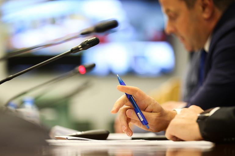Митин обеспокоен затягиванием сроков строительства рыболовецких судов