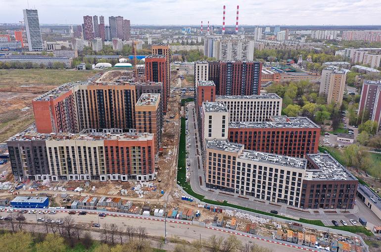 Более 192 тысяч детей-сирот стоят в очереди на жильё в России