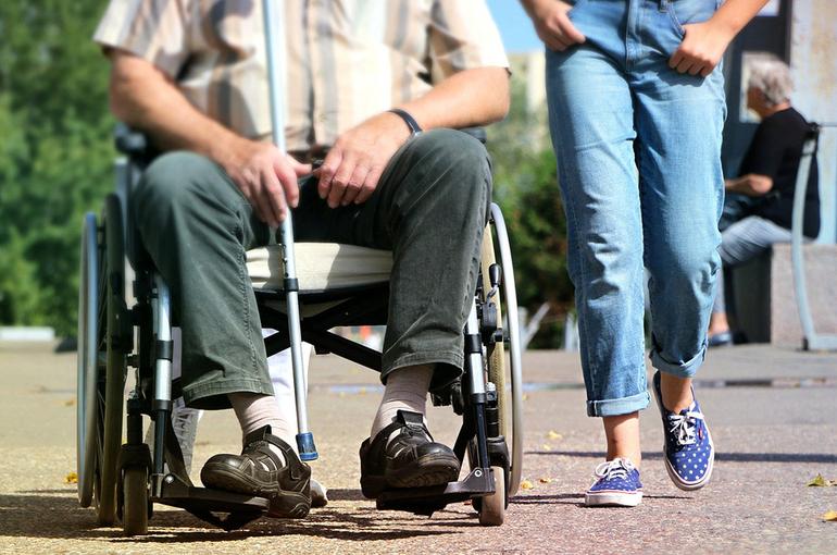 Членам Общественной палаты с инвалидностью предлагают предоставить больше льгот