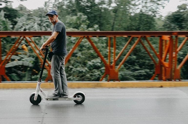 В парках Москвы для электросамокатов ограничили скорость