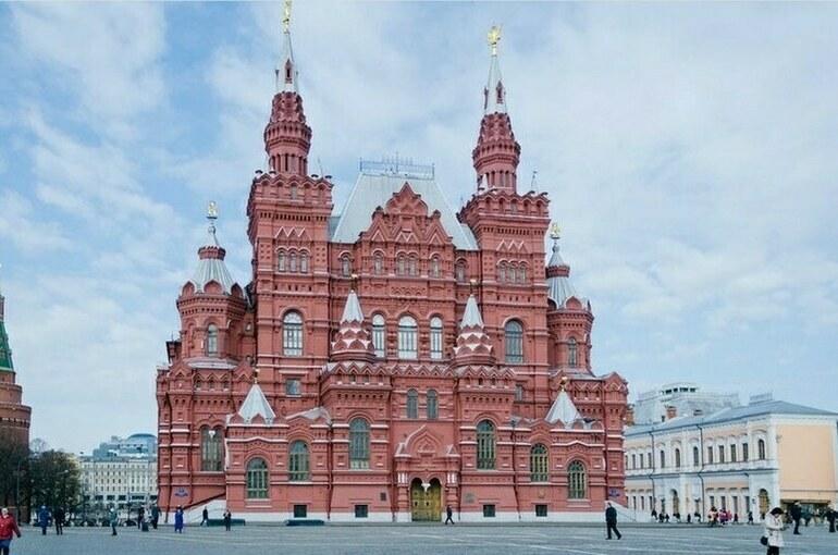 Сколько экспонатов в Историческом музее