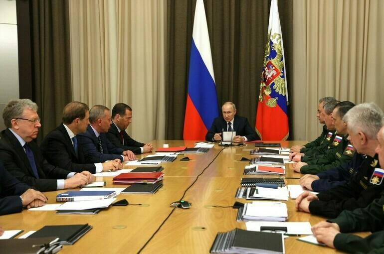 Путин заявил о выполнении гособоронзаказа на 99,8%