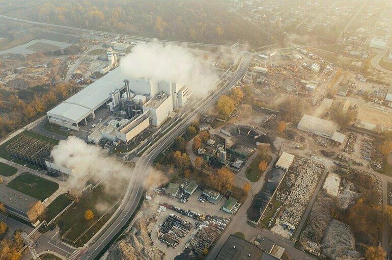 Абрамченко: Россия сократила выбросы парниковых газов в два раза