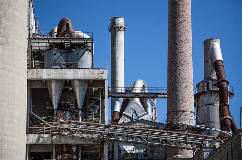 В кабмине назвали преждевременным строительство 25 мусорных заводов в регионах