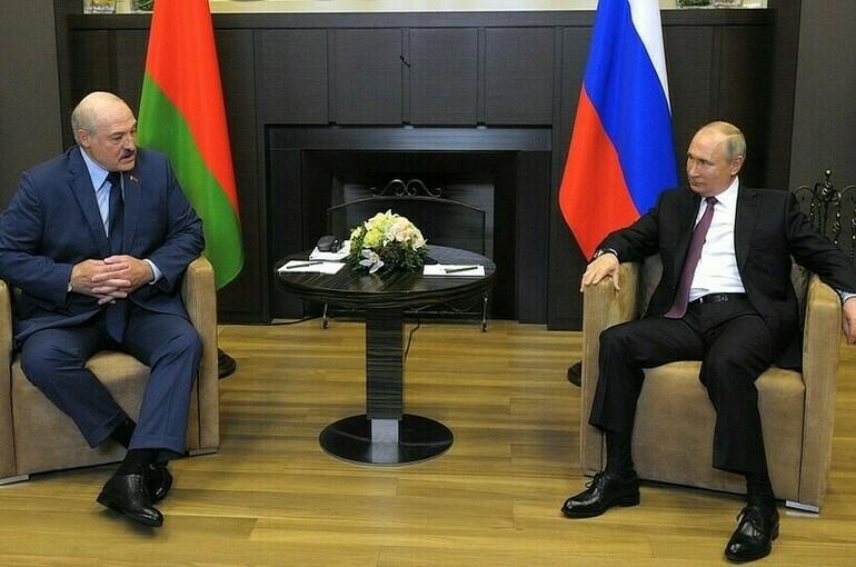 Песков: президенты России и Белоруссии в Сочи обсудили экономику, пандемию и авиасообщение
