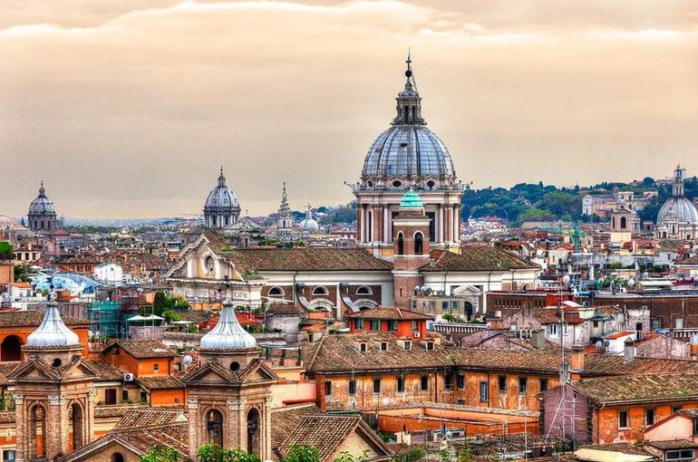 В Италии за сутки выявлено 1820 новых случаев COVID-19