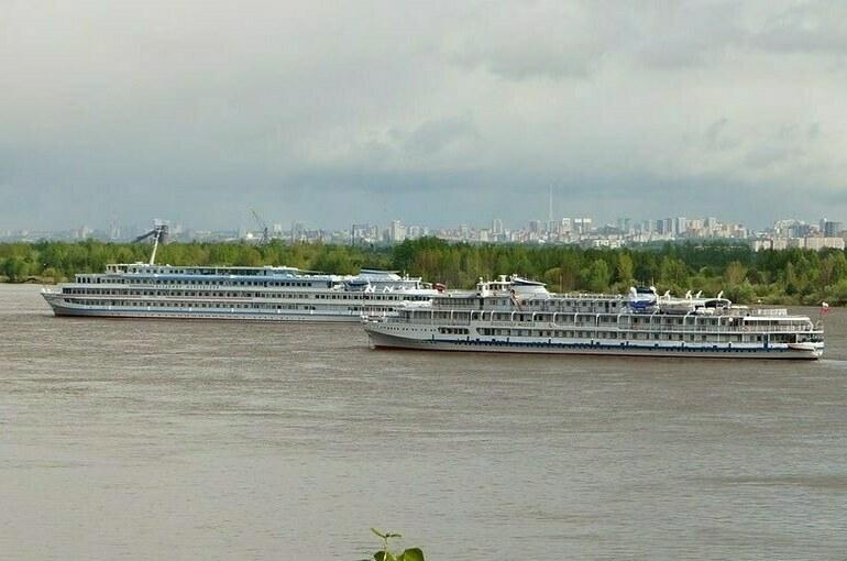 Порядок стоянки судов у береговой полосы определит Минтранс