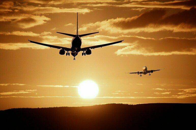 Россия с 10 июня возобновит авиасообщение с восемью странами