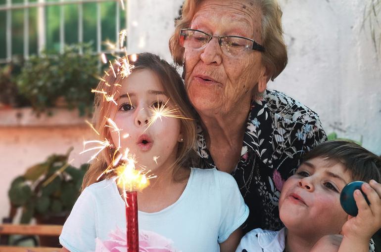 Ювенальный «серый волк» не отберёт внучку у бабушки