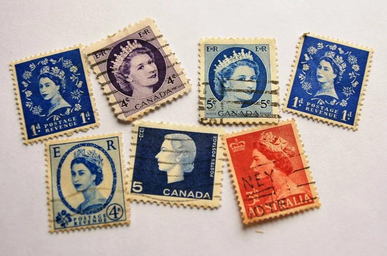 Почему Елизавета II согласилась пустить на коронацию тележурналистов