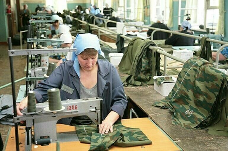 Бизнесу хотят установить льготы за трудоустройство заключённых
