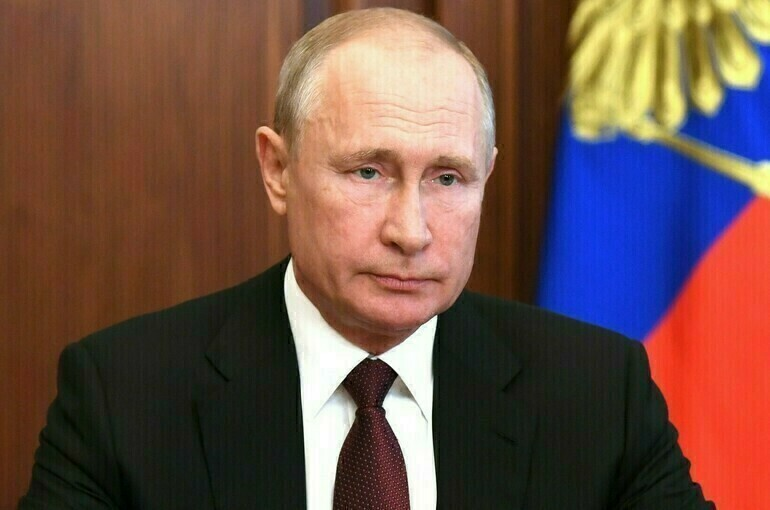 Путин призвал начать модернизацию сельских домов культуры в 2021 году
