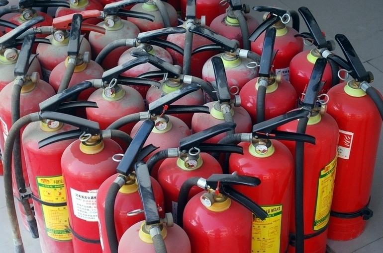 МЧС предложило ввести в школах и вузах уроки противопожарной безопасности