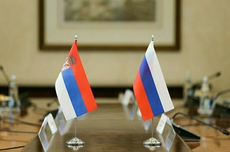 Путин и Вучич запустили производство «Спутника V» в Сербии