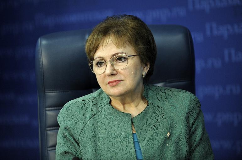 Бибикова рассказала молодым законодателям об основах пенсионной системы