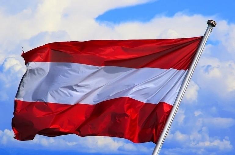 Опрос: австрийцы стали меньше доверять ЕС