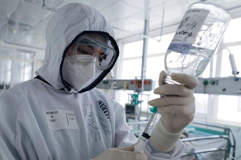 В России число заразившихся COVID-19 за сутки приблизилось к 10 тысячам