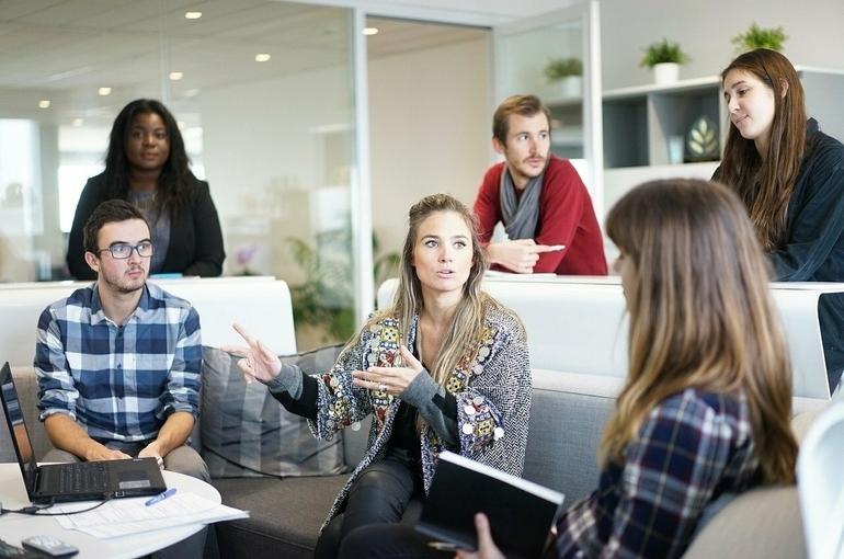 Работодателей будут стимулировать за наём сотрудников