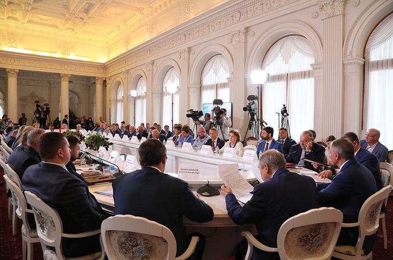 «Великое русское слово» помогло Крыму вернуться в родную гавань