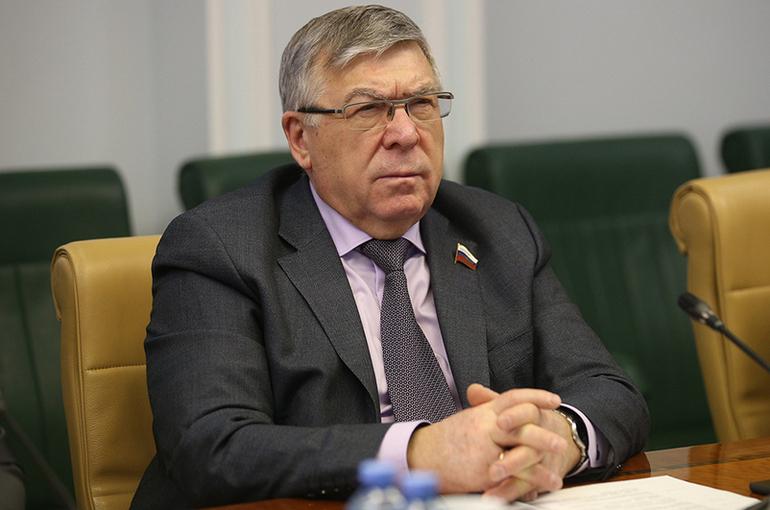 Рязанский призвал активнее продвигать вакцинацию среди россиян