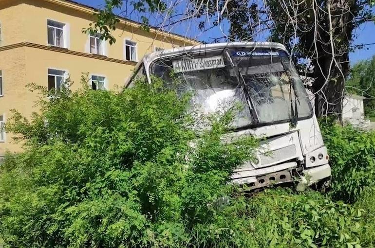 Следственный комитет возбудил уголовное дело после ДТП с участием автобуса в Свердловской области