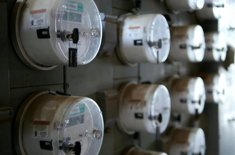 Россиян защитят от нерадивых электроснабжающих компаний