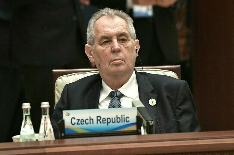 Президенты Австрии и Чехии обсудили в Вене отношения с Россией
