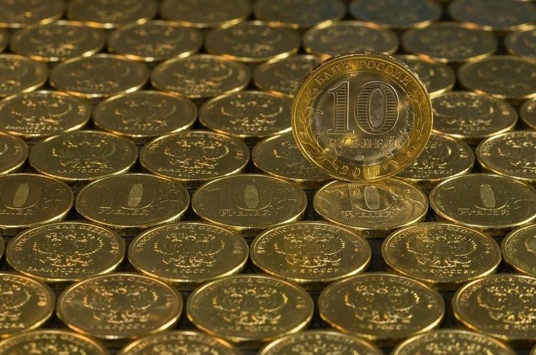Банки должны принимать монеты без комиссии, напомнил ЦБ